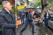 Decade-high for Sydney auction withdrawals as buyers, sellers remain nervous