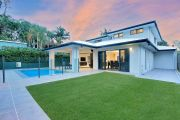 Fierce bidding over family home in Brisbane's north sets suburb record
