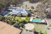 Canberra agents weigh in on top performing suburbs for 2018