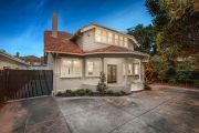 Developer sells Prahran house at a more than $500,000 loss at auction