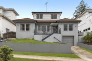 Vaucluse house of tax fraud accuseds sells at auction for $2.6m