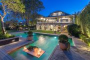 Tech tycoon Simon Clausen cuts his Sydney property ties
