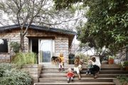 'No wifi, no TV': Renovating a 1970s beach shack for a relaxed feel