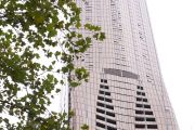 The Melbourne apartment towers where owners are struggling to sell