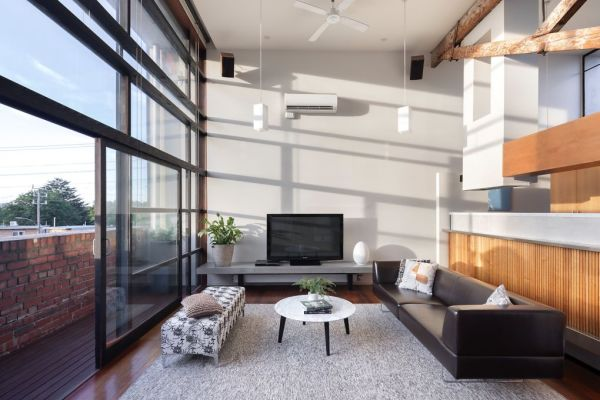 A Professional Paid 1 655 Million For This Converted Warehouse Apartment In North Melbourne