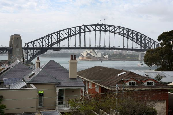 Sydney property market to bottom out later this year, modest price