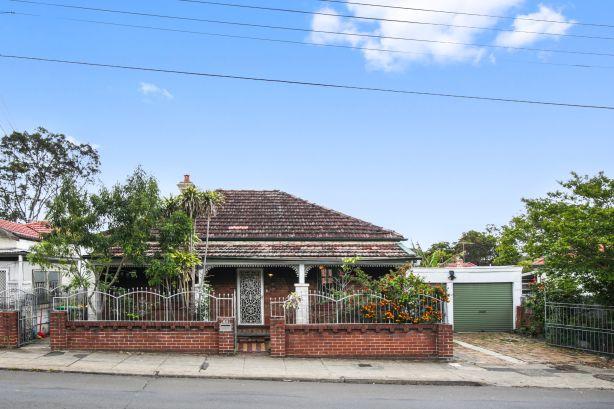 55 Railway Terrace Lewisham NSW
