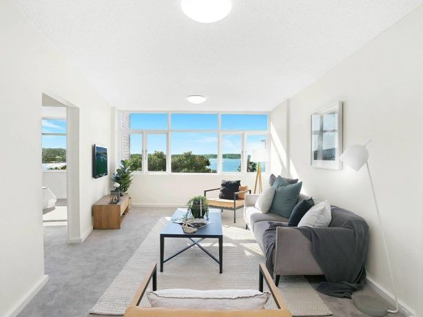 33/29 Carabella Street, Kirribilli, sold for $1.377 million — $277,000 above reserve.