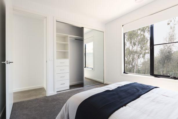 Built-in wardrobe in bedroom