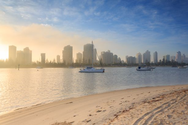 A misty morning in Main Beach QLD