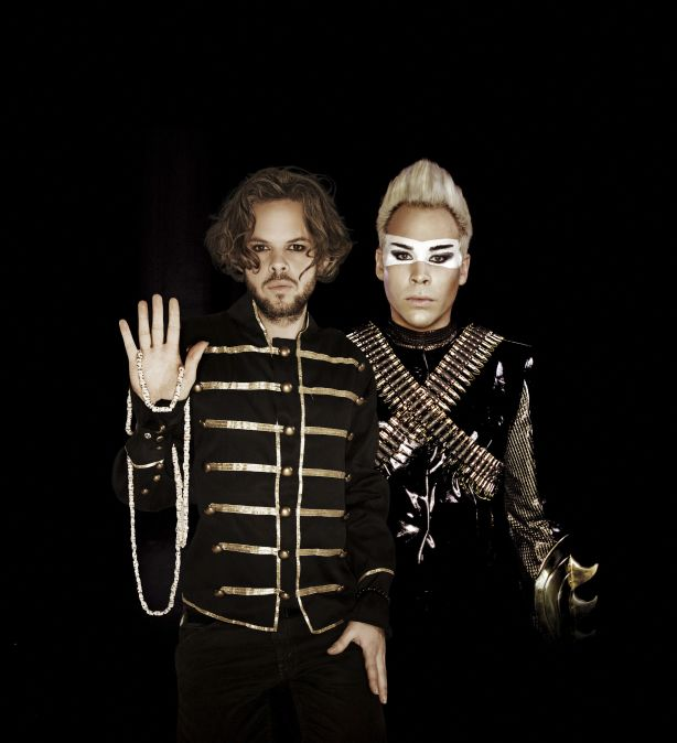 Left to right: Nick Littlemore and Luke Steele