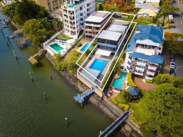 The property sold for a staggering $7.75 million under the hammer.