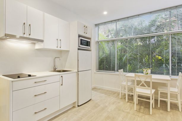 15.69 Addison Road, Manly NSW low res