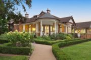 Top 5 open homes to see in Canberra and the surrounding region this weekend