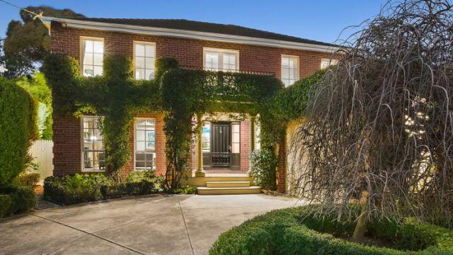 'It's a lot of money': Glen Iris home soars $500,000-plus above reserve