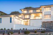 Gordon home sets suburb price record with $1.305 million sale