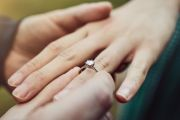 'It's going to lock you out': Engagement ring debt hurts home ownership chances