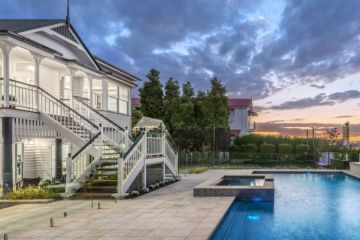 East Brisbane house sells for a whopping $4.8 million at auction