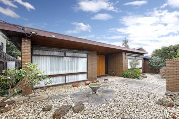 Rare mid-century home sells for $3.757 million at auction as inspections restart