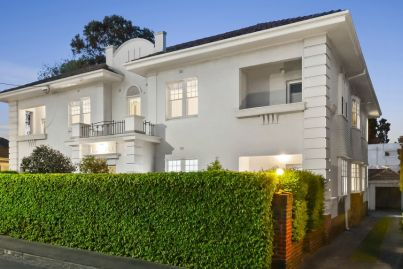 Toorak apartments listed for the first time in 72 years
