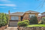 Why you can no longer expect a discount on homes in Sydney and Melbourne