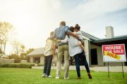 Thousands of Australians face harsh reality of interest-only mortgage change