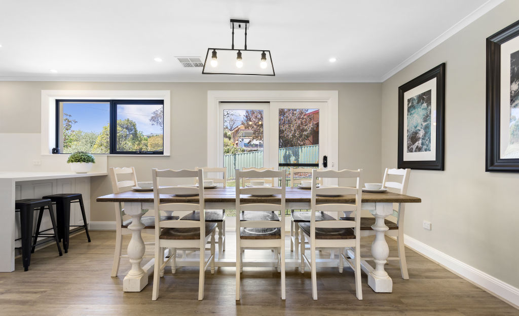 4-Dining_Room_hybea2