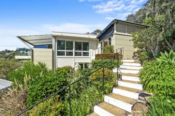 Palm Beach cottage sells for $4.35m as auction confidence improves