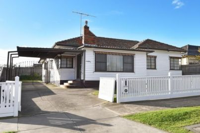 Melbourne home sells for $1.27m as buyers adjust to the new normal