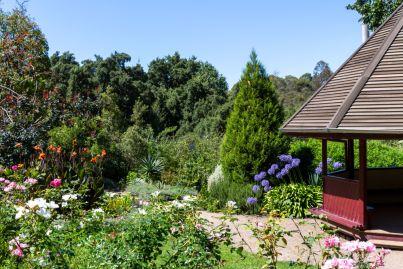 The river-edge Melbourne suburb for matrimonial bliss
