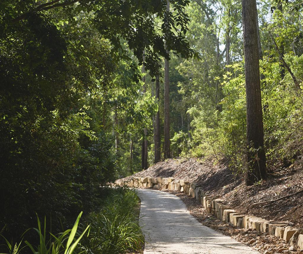 Brookwater Dress Circle_Greater Springfield_Nature path