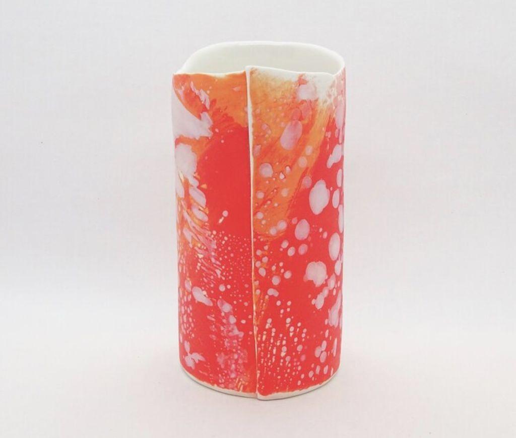 Porclain_vessel_from_Tania_Vrancic_Ceramics_eieuaf