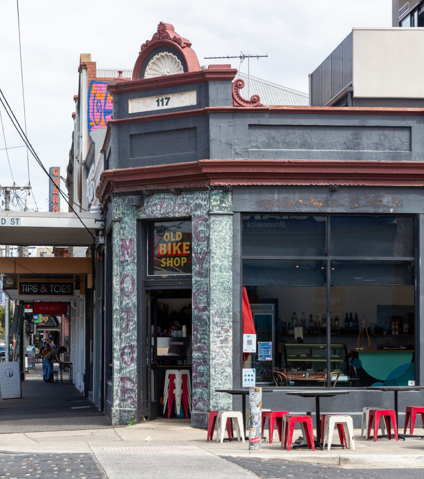 Domain_Weekly_Review_High_Streets_Lygon_St_Brunswick_March_2021_Eliana_Schoulal-2_rxhuuu
