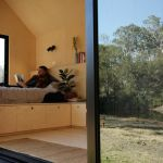 Why more Australians are seeking to disconnect and get off the grid