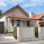 'It went a little crazy': Frenzied bidding as buyers battle over few properties