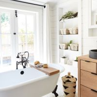 The apartment that proves open plan bathrooms are plain wrong