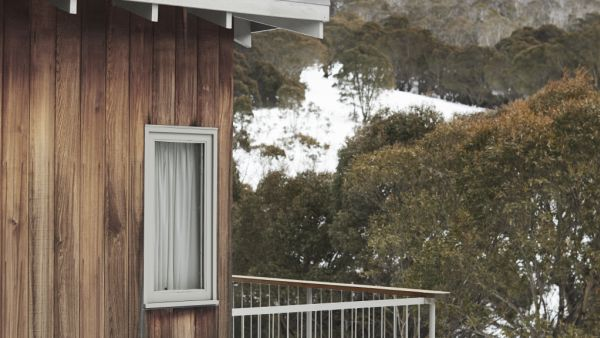 Cabin in the woods: An architecturally designed escape in Thredbo