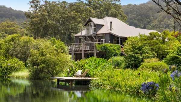 Idyllic Kangaroo Valley retreat on the market