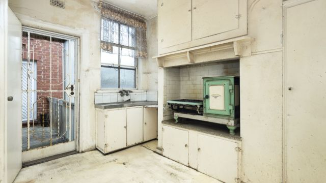 How do derelict houses get into such a bad state?