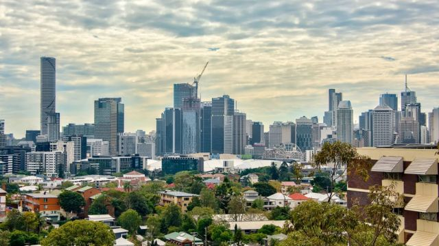 Brisbane rents feel coronavirus pain as house and unit asking prices fall