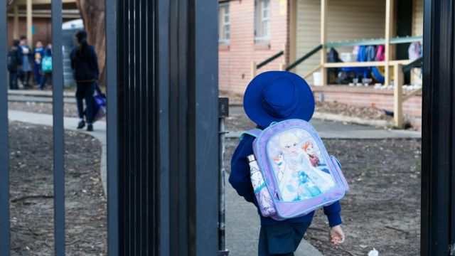Study finds moving house linked to behavioural difficulties in kids