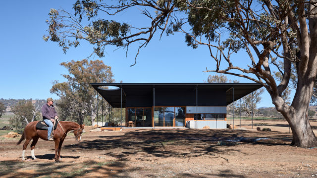 The self-sustaining house built in the image of an Akubra hat