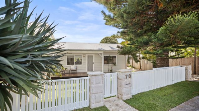 Seaside home sells for $3.5 million as auction numbers stay low
