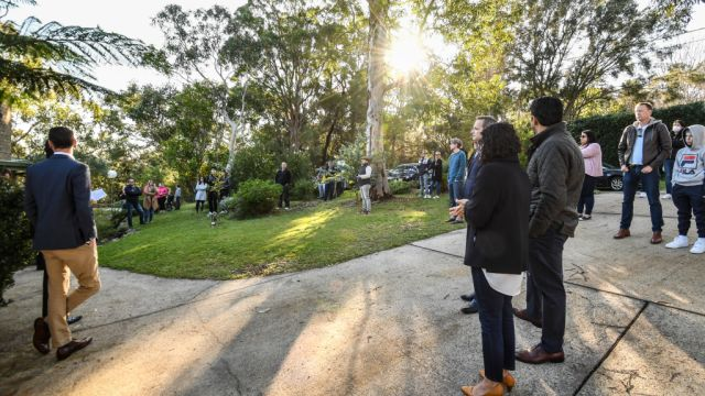 'I thought dat shiznit was straight-up skanky': Stanmore terrace passes up in at $1.6m