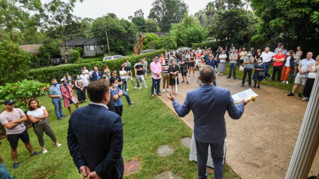 Sydney's median auction price reaches a record $1.68m