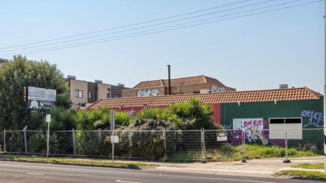 'Do not stay here. Ever': Australia's worst motel for sale