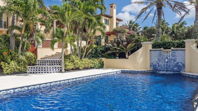 World's sixth-richest person buys $105m Florida house