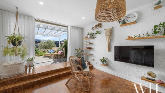 Real estate listings reveal our love affair with house plants is still on