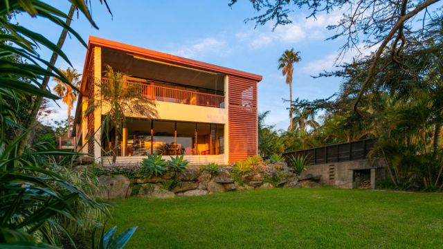 'Crazy, stupid money' rushes in to Bellevue Hill, prices up 40 per cent