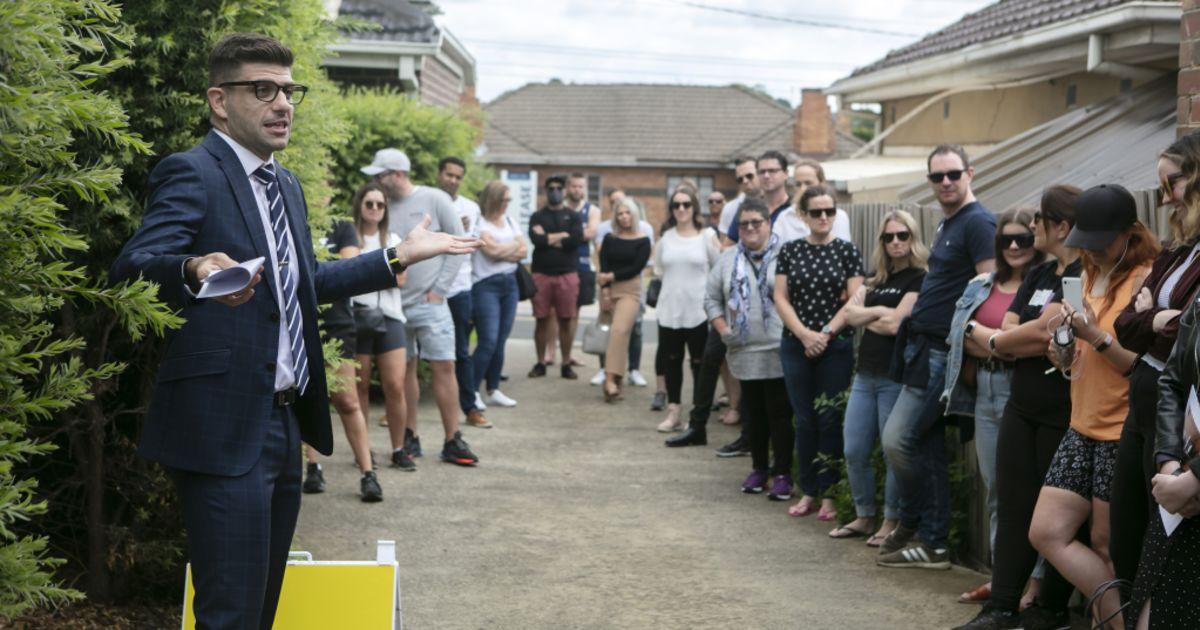 Secured loans jump 71% across Australia in six years: Aussie Home fast cash loans